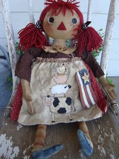 Primitive/Folk Art Dolls by Raggedy Haven! Raggedy Ann And Andy, Primitive Folk Art, Softies, Plushies, Hello Dolly, Art Dolls, Paper Dolls, Easy Crafts, Country