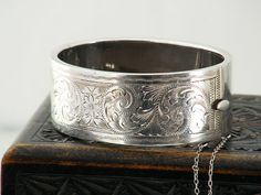 Vintage Sterling Silver Bracelet Hinged Silver Cuff / Victorian Revival / Engraved Silver / 1959 English Hallmarks