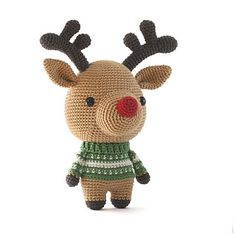 Crochet Rudolph with this cute amigurumi pattern!