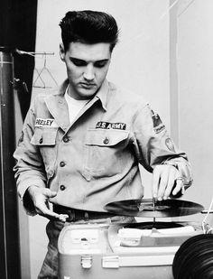 Black and White vintage 1950's musician elvis Elvis Presley