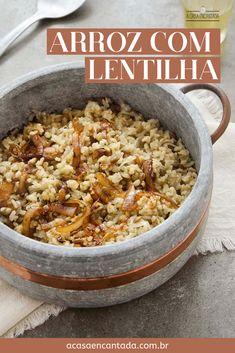 Arroz com Lentilha | A Casa Encantada - Receita vegana salgada fácil e simples de fazer, com poucos ingredientes. Ótima opção de prato principal para almoço ou jantar, mas também funciona como acompanhamento! Saudável e nutritiva, perfeita para quem ama lentilha. #receitavegana #receitassalgadas #almoçovegano #jantarvegano #lentilha #arrozcomlentilha #pratoprincipal #refeiçãovegana #vegan #vegano #arroz #acompanhamento #comidadeverdade #culinária #cozinhando #acasaencantada Other Recipes, Veggie Recipes, Real Food Recipes, Vegetarian Recipes, Dinner Recipes, Cooking Recipes, Healthy Recipes, Easy Crockpot Chicken, Portuguese Recipes
