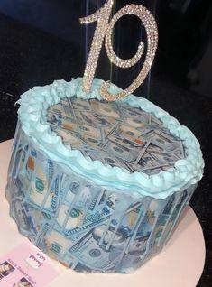 Queens Birthday Cake, Money Birthday Cake, 19th Birthday Cakes, Creative Birthday Cakes, Sweet 16 Birthday Cake, Special Birthday Cakes, Custom Birthday Cakes, Birthday Goals, Beautiful Birthday Cakes
