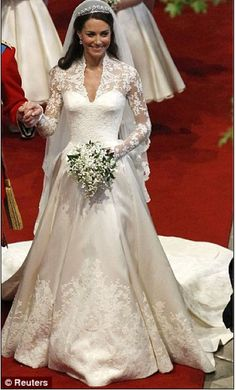 Great view of the lace on Kate's gown.