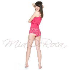 Göttin des Glücks (Goddess of Luck) Pink Pant Aphrodite - MiaDeRoca Pink Pants, Aphrodite, Heavenly, Wonder Woman, Superhero, Lifestyle, Dresses, Women, Fashion