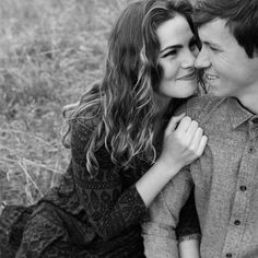 hannah elise photography  Check out her photos if you're in need of a photographer if your engaged, getting married, or want to capture your adventures with your honey ❤️