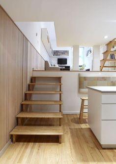 escalera de madera en estilo nordico