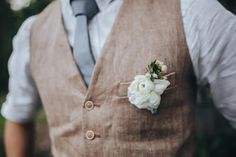 Our Top 10 Favorite Rustic Wedding Trends Rustic Wedding Groom Look Country Wedding Groom, Rustic Wedding Dresses, Elegant Wedding Dress, Wedding Men, Wedding Trends, Wedding Styles, Rustic Weddings, Man Wedding Dress, Linen Wedding Suit