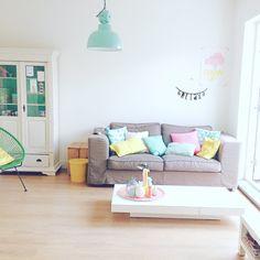Livingroom #colors #hkliving #alcapulcochair