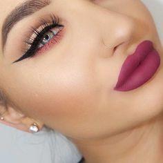 Eye Makeup Tips.Smokey Eye Makeup Tips - For a Catchy and Impressive Look Makeup Goals, Makeup Inspo, Makeup Inspiration, Makeup Tips, Beauty Makeup, Makeup Ideas, Makeup Geek, Style Inspiration, Cat Eye Makeup