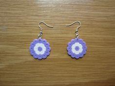 Pendientes circulos morados hama beads by Ursula