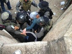 Palestinian girl attacked on her way to al-Aqsa - The Palestinian Information Center
