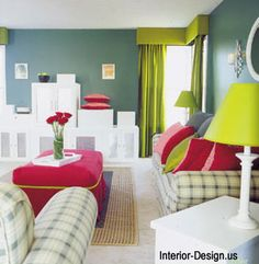 Complementar dividida - verde-limão, verde-azulado e vermelho
