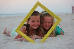 Such a fun and easy way to do creative pictures on the beach!