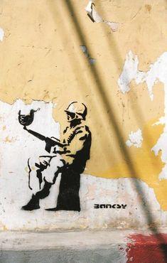 Top 44 murals by Banksy - PinPhoto. Street Art Banksy, Banksy Graffiti, 3d Street Art, Graffiti Artwork, Amazing Street Art, Street Artists, Graffiti Artists, Banksy Photo, Banksy Paintings