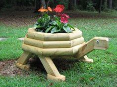 Obiecte decorative din lemn pentru gradina ta
