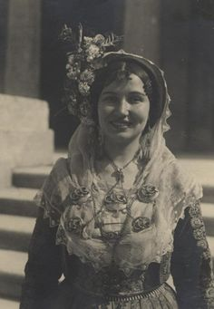 It aims at the research, preservation, study and presentation of the material culture of the. Old Pictures, Old Photos, Vintage Photos, Corfu, Greek Traditional Dress, Empire Ottoman, Egyptian Women, Greek History, Greek Culture
