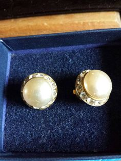 Check out this item in my Etsy shop https://www.etsy.com/uk/listing/241548380/vintage-clip-on-earrings-faux-pearl-with