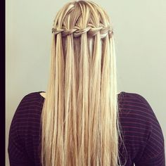 Happy Wednesday to all! Been a while since I've posted a #waterfallbraid #braids #braidstyles #braidideas #hair #hairstyles
