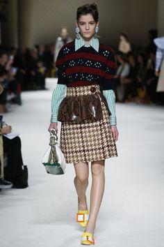Miu Miu Fall 2015 Vogue Trend Report: The Return of the Waist