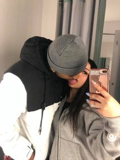 How to express love to boyfriend? Cute Black Couples, Black Couples Goals, Cute Couples Photos, Cute Couple Pictures, Cute Couples Goals, Dope Couples, Couple Ideas, Couple Stuff, Couple Gifts