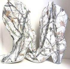 Perfect wedding boots. Etsy listing at https://www.etsy.com/listing/215556377/snow-white-camouflage-womens-western