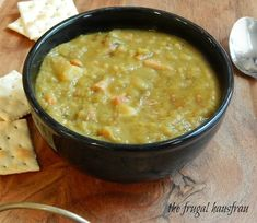 This Split Pea Soup, adapted from Cook's Illustrated coaxes out so much flavor - if you haven't had homemade, you haven't had Split Pea. Green Pea Soup, Navy Bean Soup, Split Pea Soup Recipe, Souped Up, Ham Soup, 12 Recipe, Steamed Vegetables, Soups And Stews, Stuffed Peppers