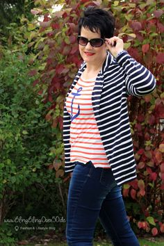 two stripes - maritimes Outfit