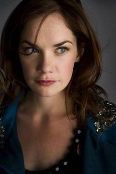 ruth wilson - Google-haku Luther, Jane Eyre, Hollywood Actresses, Actors & Actresses, Bbc, Ruth Wilson, Female Movie Stars, Beauty Makeup, Hair Makeup