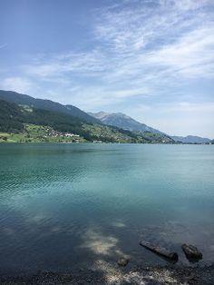 Blog über das Reisen und wandern. Zurzeit vorallem Wandern in der Schweiz. Fernziel ist der Fernwanderweg E1 Hiking Dogs, Switzerland, Summertime, Trail, Outdoor, Blog, Hiking, Home, Viajes
