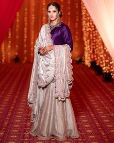 Sania Mirza Enjoys Blissful Time With Family As Her Sister Anam Mirza Gets Hitched To Mohammad Azharuddin's Son Asad - HungryBoo Bride Sister, Sister Wedding, Eid Outfits, Stylish Outfits, Indian Outfits, Dress Outfits, Saree Wedding, Wedding Wear, Wedding Outfits