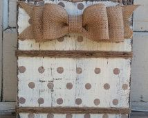 Ivory Polka Dot Frame,Rustic Wood Block Frame, 4 x 6 or 5 x 7 Frame, Burlap bow, Twine Burlap Crafts, Burlap Bows, Wooden Crafts, Wood Picture Frames, Picture On Wood, Frame Crafts, Diy Frame, Wood Projects, Craft Projects