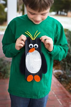 In this post, learn how to make Giant Popsicle Stick Macaroni Penguins, an adorable and fun winter art project for kids of all ages. Giant Craft Stick Macaroni Penguins My youngest son adores penguins, so Winter Crafts For Kids, Craft Projects For Kids, Crafts For Kids To Make, Fun Activities For Kids, Preschool Winter, Winter Activities, Kids Fun, School Projects, Craft Ideas