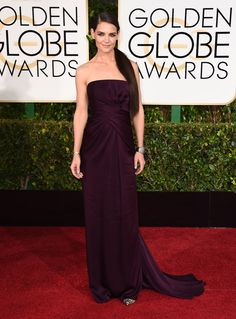 katie holmes in marchesa at the 2015 #goldenglobes