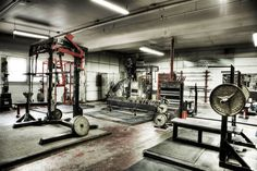 What a heavenly place Monolithic classic iron gym. What a heavenly place Crossfit Garage Gym, Home Gym Garage, Crossfit At Home, Iron Gym, Dream Home Gym, Gym Room At Home, Dream Homes, Gym Plan For Women, Gym Images