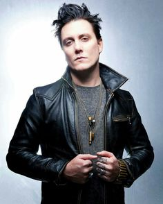 synyster gates-A7X