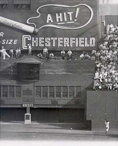 "Willie Mays makes ""The Catch"", 1954 World Series, Polo Grounds New York."