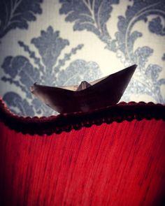 www.phosfotografia.com  #barca #carta #toy #paper #sails #phos #phosfotografia #photography