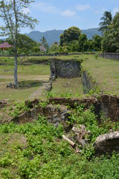 What's left of the bastion walls at Fort Nassau, Banda Island