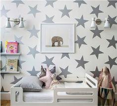 Babyzimmer Tapeten schaffen eine fröhliche Stimmumg im Raum