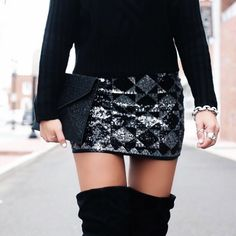 Five New Year's Eve Looks With Express - The House of Sequins Sequin Skirt Outfit, Skirt Outfits, Cute Going Out Outfits, Nice Outfits, Mini Skirt Outfit Winter, Skirts With Boots, Minis, Sequin Mini Skirts, Dress To Impress