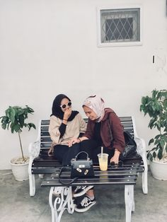 Ootd Hijab, Candid, Baby Strollers, Friendship, Children, Outfits, Baby Prams, Young Children, Boys