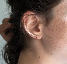 Rose Gold Ear Cuff. Minimalist. Hammered. No Piercing. by knobbly, $56.00