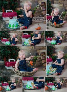 the_big_one_cake_smash_fishing_cakesmash_theme_first_birthday_theme_boy_12_months_photography