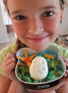 Seriously adorable kid-made bento from Alpha Mom! Love that cheese and carrot sun!