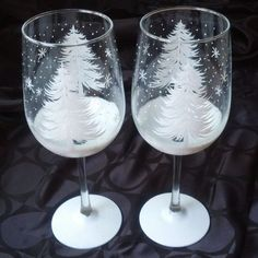 Christmas tree hand painted wine glasses
