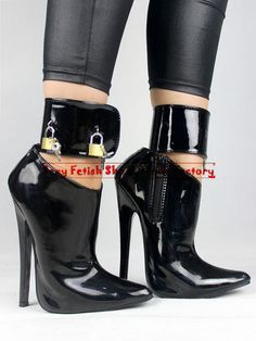 I found some amazing stuff, open it to learn more! Don't wait:https://m.dhgate.com/product/2015-new-arrival-women-039-s-boots-extreme/217640302.html