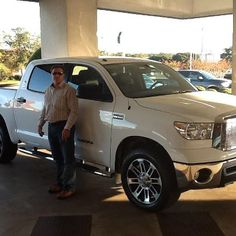 Larry Latimer with his new Toyota Tundra