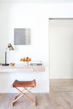 Check on www.prettyhome.org - minimalist office no