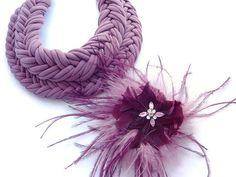 Big Fabric Necklace Light Burgundy Choker por DesignHappyDay