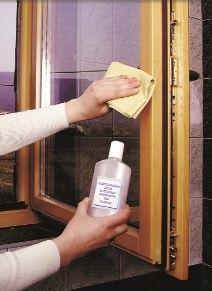 Jak odpowiednio dbać o okna, aby posłużyły nam przez długie lata? http://www.e-okna.pl/a/6430,jak-dbac-o-okna-drewniane